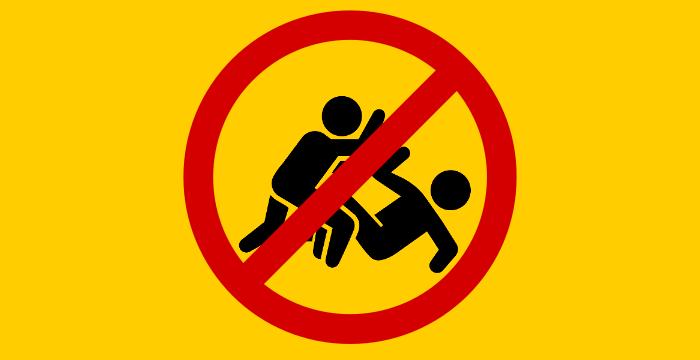 Ne pas nuire (à partir de Assault par parkjisun & Forbidden par Noah)